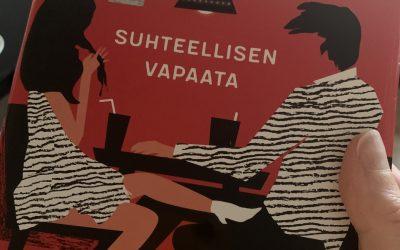 KIRJA-ARVOSTELU: Suhteellisen vapaata (Suominen, 2020)